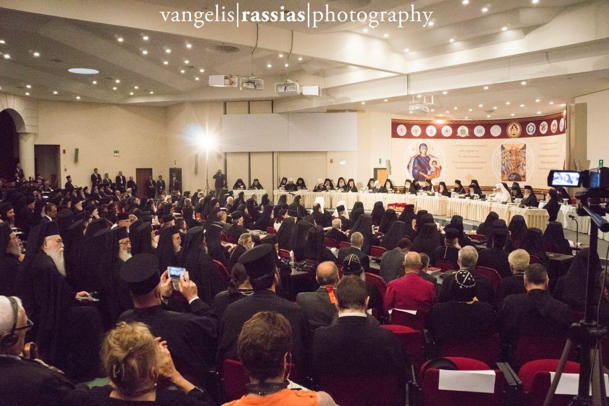 στιγμιότυπο από την αίθουσα διεξαγωγής της Συνόδου
