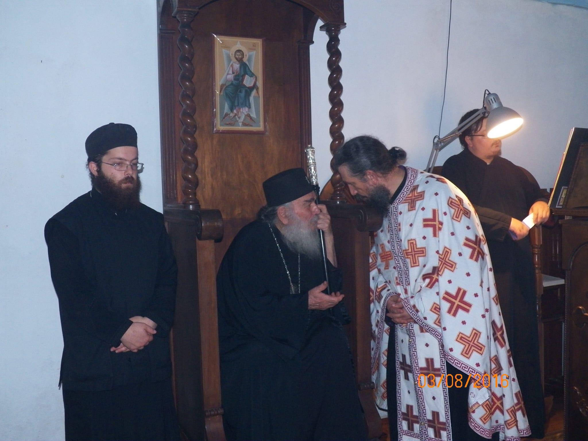 ..στο Παρεκκλήσιο της Μεταμορφώσεως με τον νεότερο Ευδόκιμο(εξ αριστερών) και τον Ιερομόναχο Αέτιο