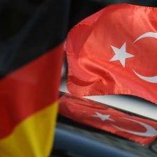 ΑΠΟΚΑΛΥΨΗ ></noscript>>{σελ 100} Διαβάστε πως βλέπουν οι Γερμανοί μέσα από επίσημα  πανεπιστημιακά κείμενα την Τουρκία!